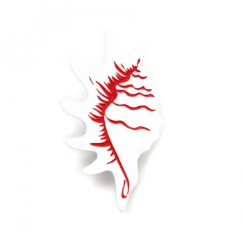 Брошь Strombidae белая
