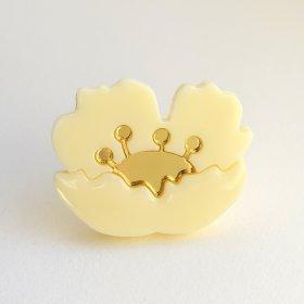 Брошь Flower Gold