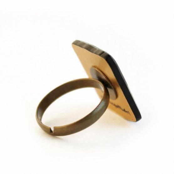 Кольцо С чайником наедине
